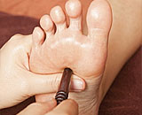 Traditional Thai Massage - Thai foot Massage (Nuad Pan Boran)